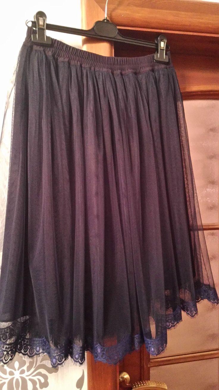 Канун декабря,стрейч фатин,по низу французское кружево шантильи в тон., общая длина 68см два слоя по три метра и подклад тоненький https://vk.com/bridalfabrics?w=wall-47962129_83154%2Fall