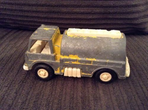 Vintage 1970 Tootsie Toy Aviation Fuel Truck Yellow MADE IN USA DIE CAST