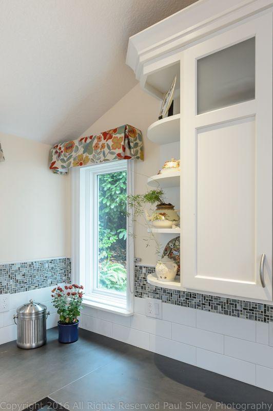 1000 Ideas About Corner Window Treatments On Pinterest