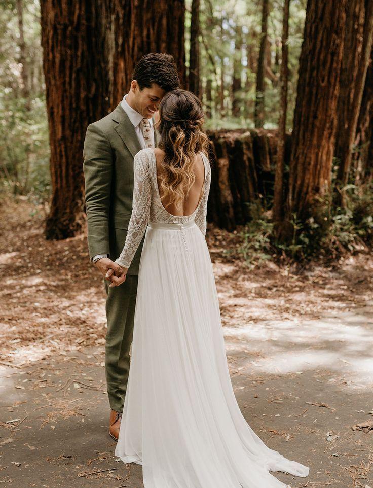 Ein langes Abenteuer: Eine rustikale Hochzeit in den Redwoods mit einer Kupfer + Pfirsich-Palette – Haarideen