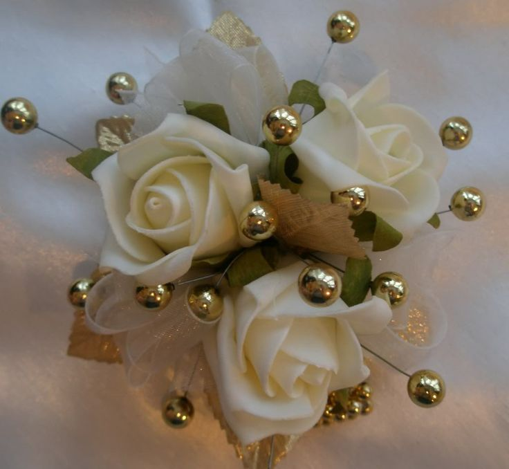 gold wrist corsage | If your in any doubt or need any help at all please contact us. Our ...