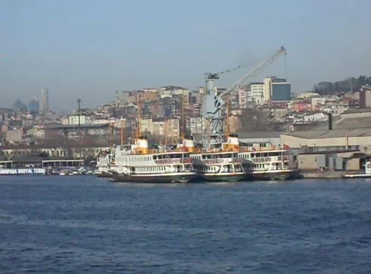 800px--İstanbul_-_Haliç_Tersanesi_v1_-_Şub_2013.webm.jpg (800×592)
