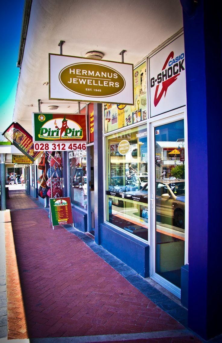 'n Straat in Hermanus / a street in Hermanus