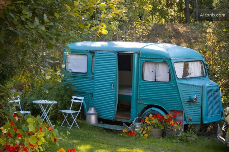 Sleep in an old heated bread-van in Vestby