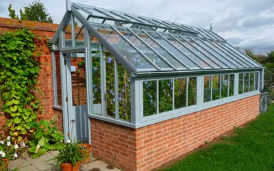 3/4 span Victorian lean-to, in 7001 'Silver-grey'