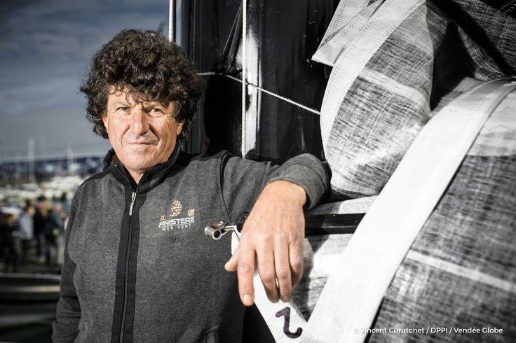 Jean Le Cam (FRA), skipper Finistere Mer Vent, portraited during prestart of the Vendee Globe, in Les Sables d'Olonne, France, on October 20th, 2016 - Photo Vincent Curutchet / DPPI / Vendee GlobePortrait de Jean Le Cam (FRA), skipper Finistere Mer Vent