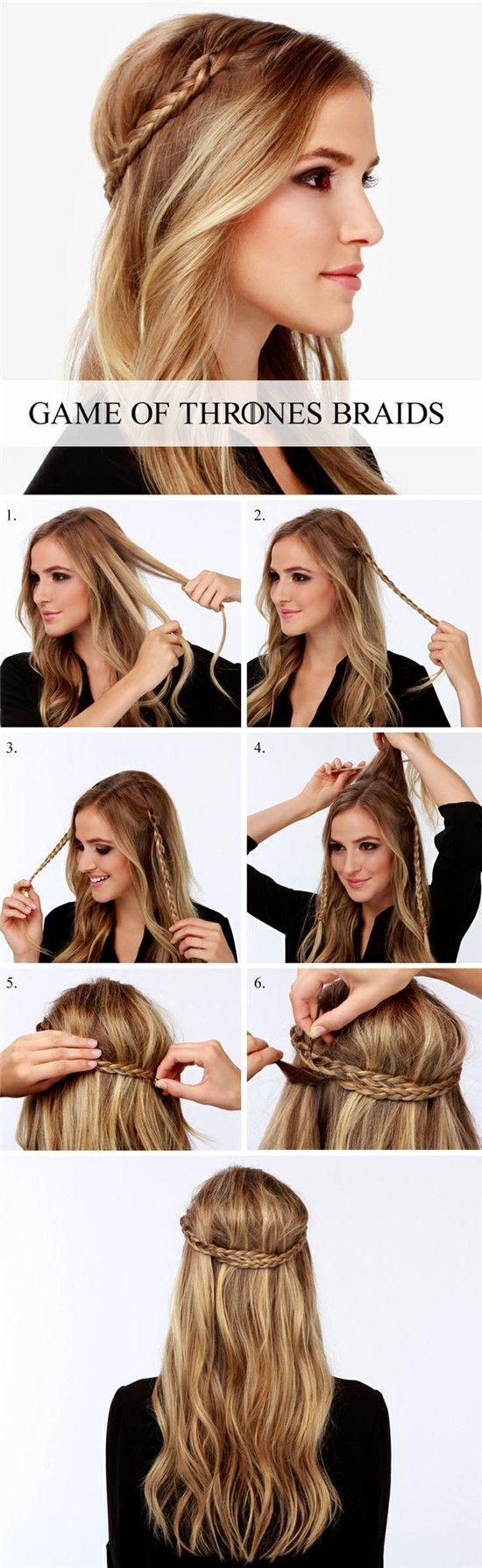 dos trenzas recogidas para atar su pelo