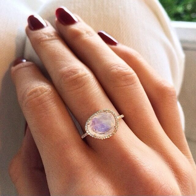 beautiful moonstone ring would love to have one like this - Moonstone Wedding Rings