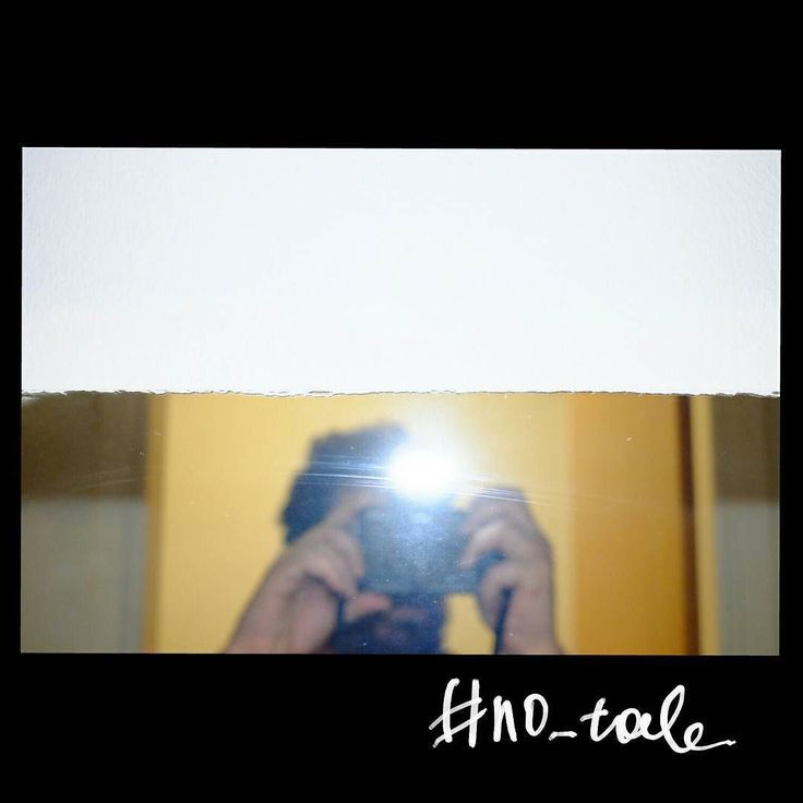 No tale #skantzman #no_tale #heraklion #crete #mirror #self_portrait #flash #fuji #fujixe2s #xe2s #manolisskantzakis #photography #35mm #colour #velvia
