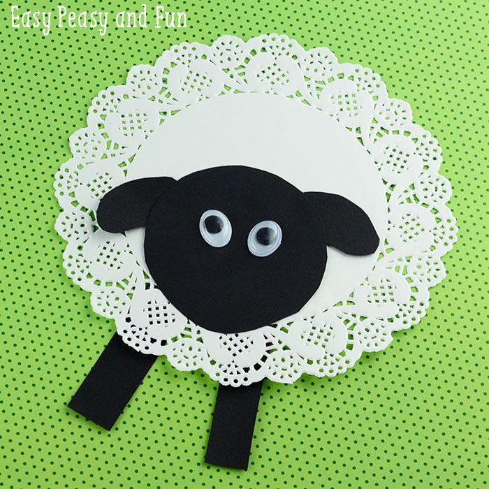 Adorable sheep craft made with a doily, cute preschool spring craft!