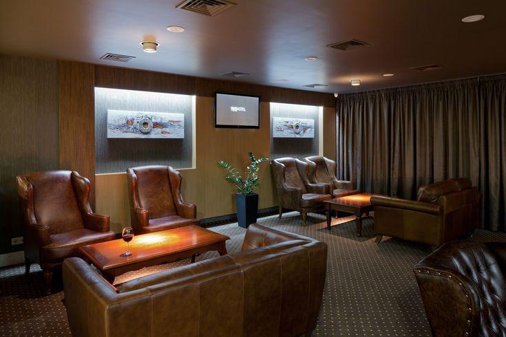 Lounge bar | OVIS HOTEL