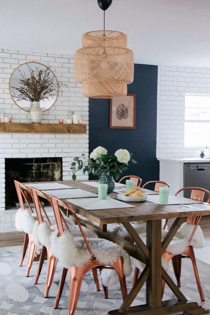 46+ Custom Farmhouse Dining Room with Shiplap Ideas in