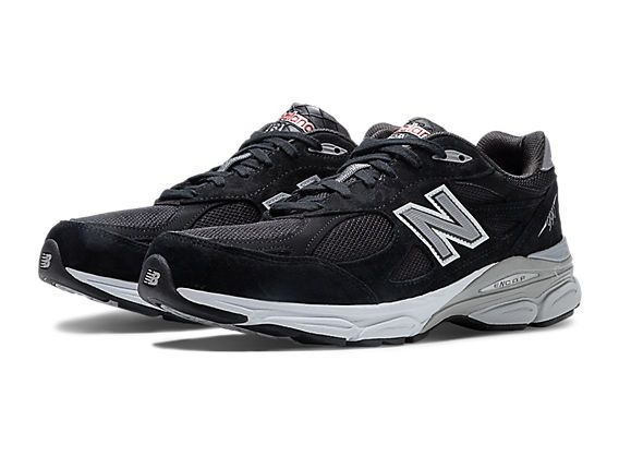 The legendary Made in USA 990 series comes full circle with the newest  release from New Balance! The men's 990 features a classic design with a  universal ...