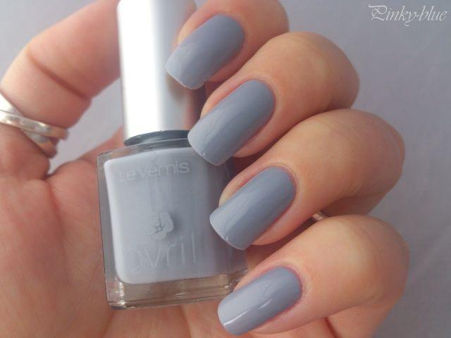 Vernis à ongles Gris Tourterelle N° 20 Avril nails nailpolish grey