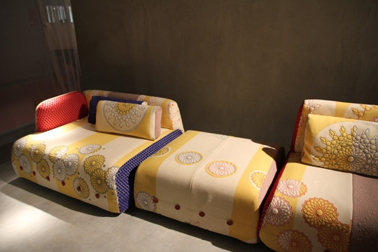 patchwork sofa: Contemporary Sofas, Apt Style, Furnishing, Darredo Creativi, Patchwork Sofas, Arabic Style, Of Mobiles, Mobiles 2011
