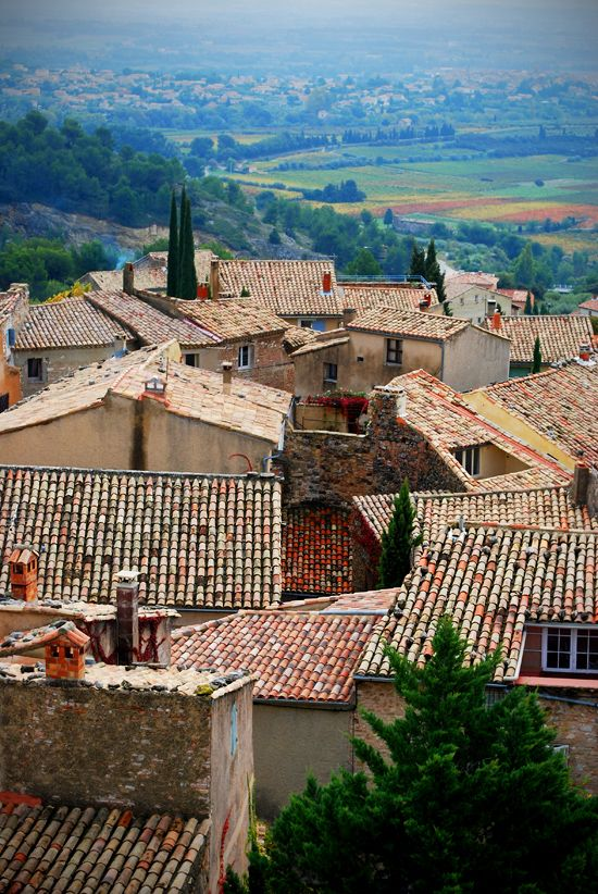 Ahhh, Provence...: a great shot of provence roofs