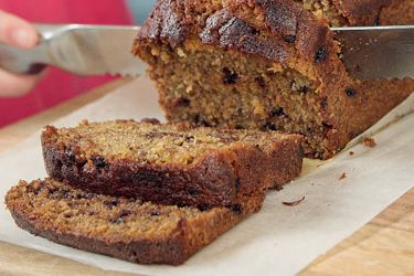 Banana Loaf recipe, NZ Woman's Weekly – You can't go past a loaf for its versatility and wide appeal.  At home in a school lunchbox as it is at a special afternoon tea gathering. – foodhub.co.nz