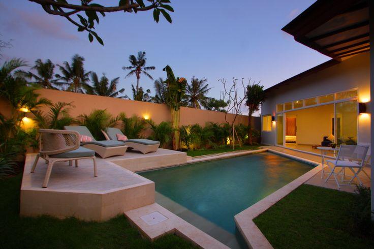 Unik Villa in Brawa, Bali, outdoor by night