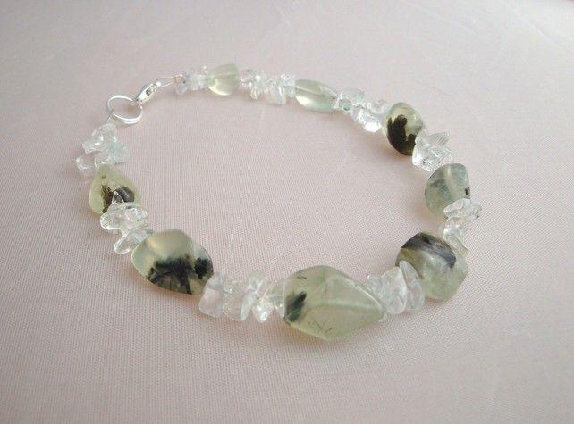 Prehnite and White Topaz bracelet £7.50