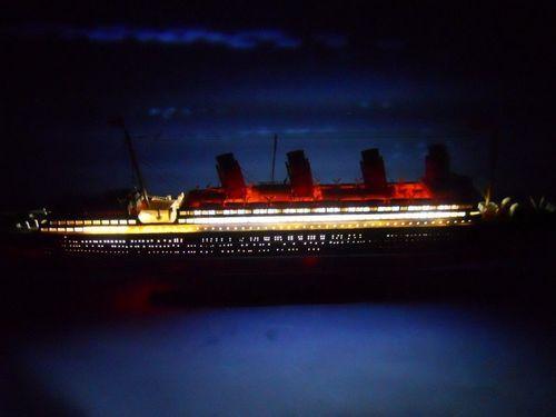 "RMS Mauretania with LED Lights Limited Model Cruise Ship 30"""""