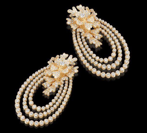 Diamond Signature Earrings All diamond earrings set in 18k white gold.