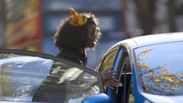 Um Novo Carro Fiesta | 24 Horas | Como Aproveitaria? Vá ao site www.ford.pt e descubra o que o novo Fiesta lhe oferece.