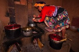 Péruvienne qui cuisine, photo: Emilie Chaix