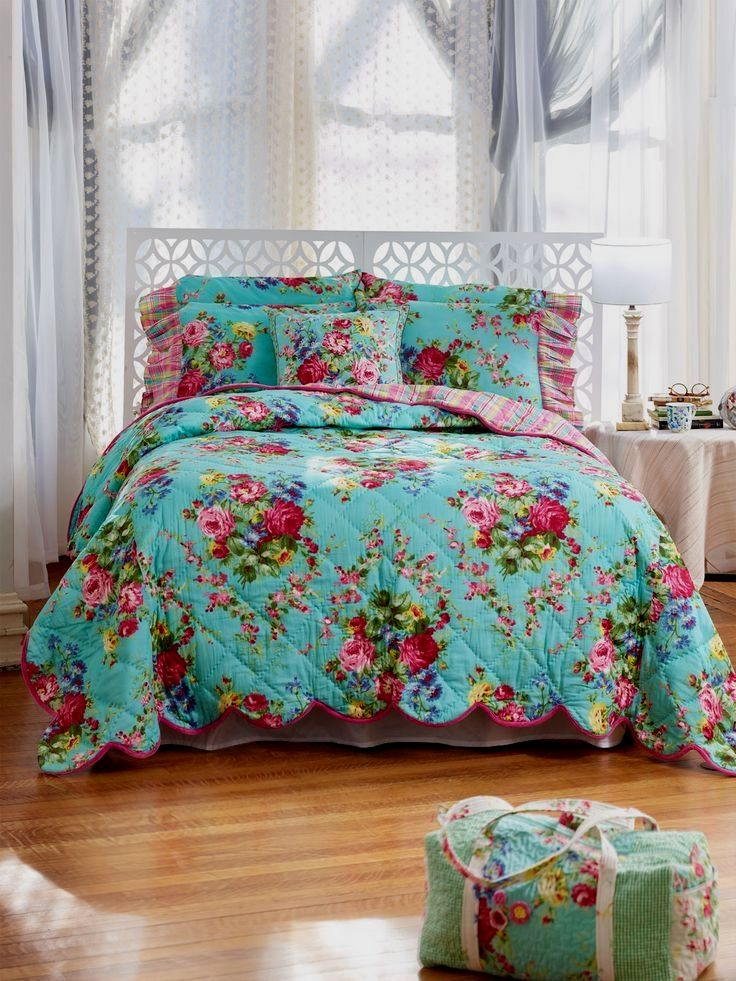 What To Put In Wealth Corner Feng Shui Vintage bedding