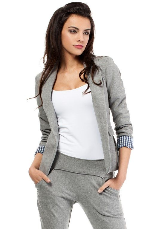 Gray blazer for women fastened with a button