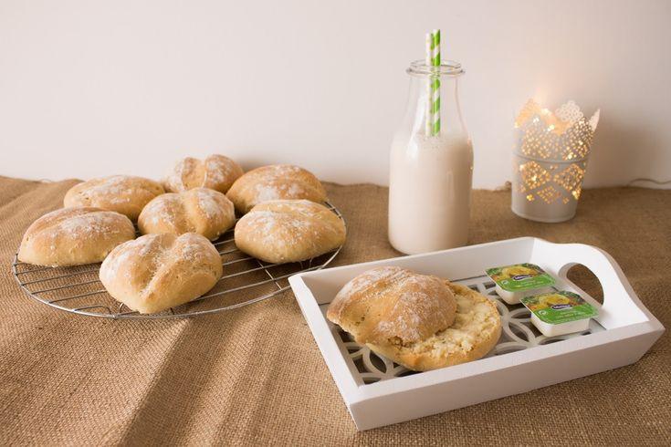 No Conforto da Minha Cozinha...: # Make Bread Not War. - Papossecos!