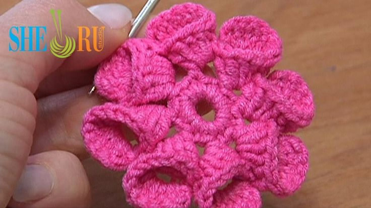 Crochet Flower Petals Folded to Left Tutorial 21