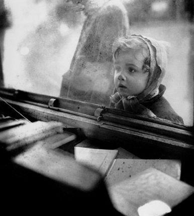 by Edouard Boubat
