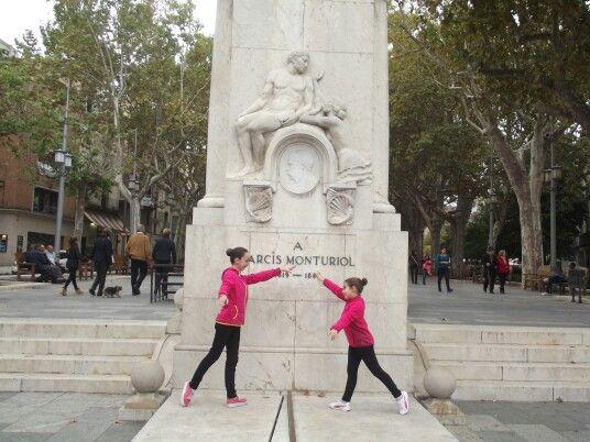 Monumento a Nacís Monturiol (Figueres) 2015