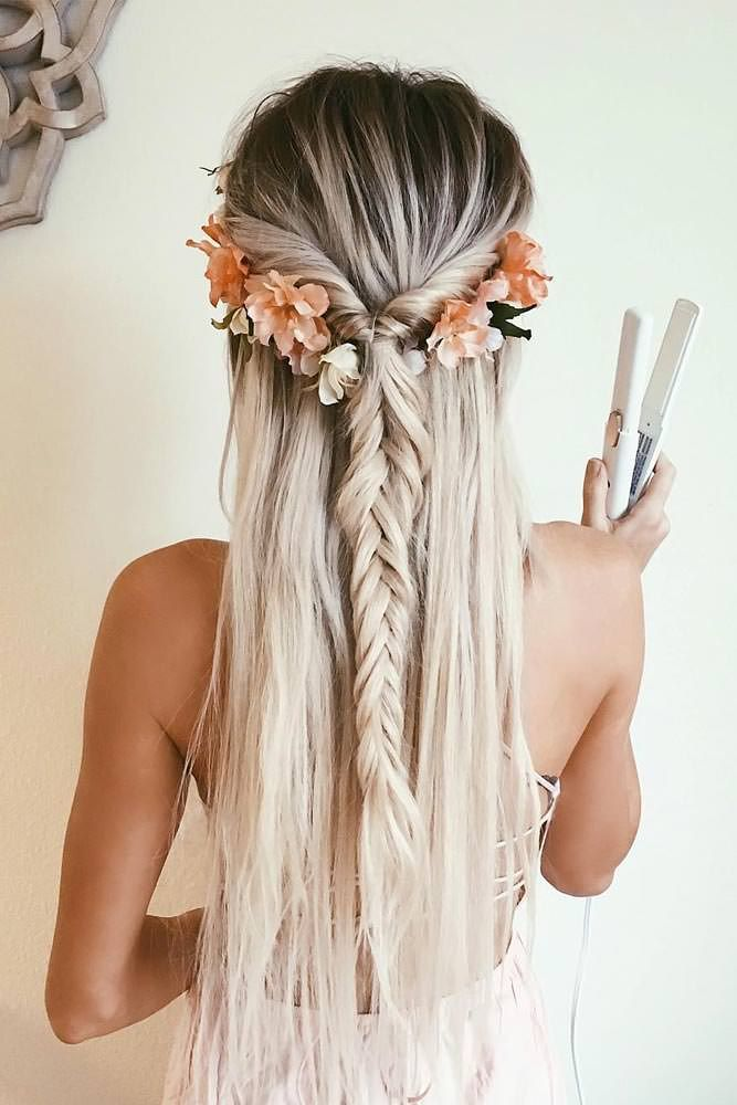 Fashionable shoes and stylish outfits all of this aren't completed without a beautiful hairstyle. Look at these 21 cutest and most beautiful hairstyle ideas for inspiration!