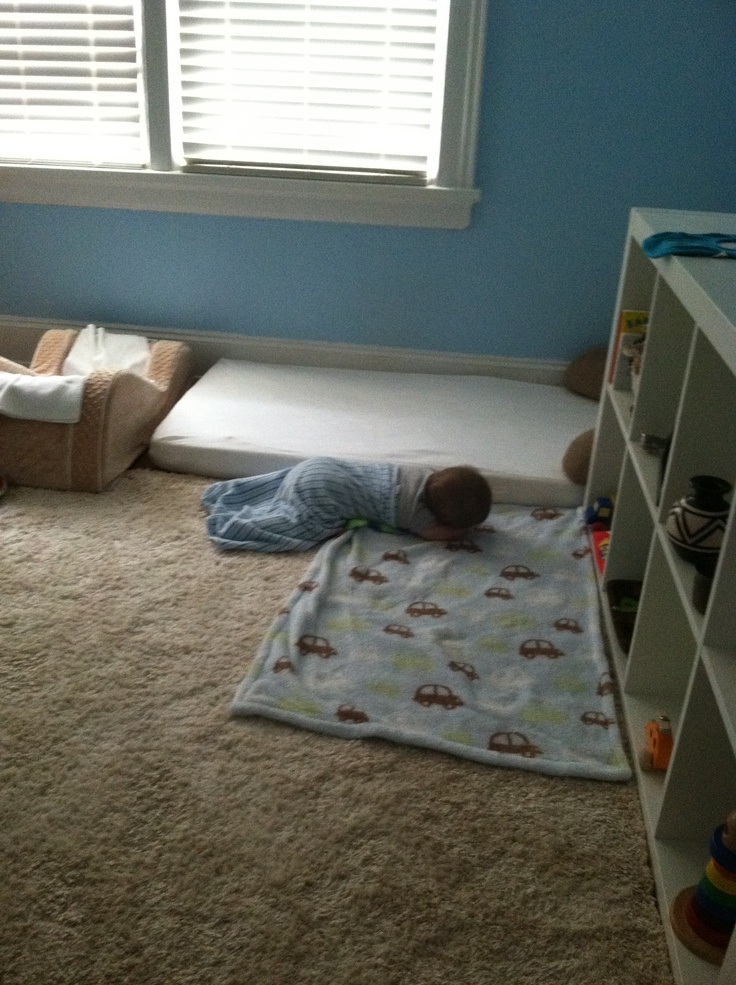montessori floor bed our son at 6 months during a nap he started out on the floor bed and. Black Bedroom Furniture Sets. Home Design Ideas