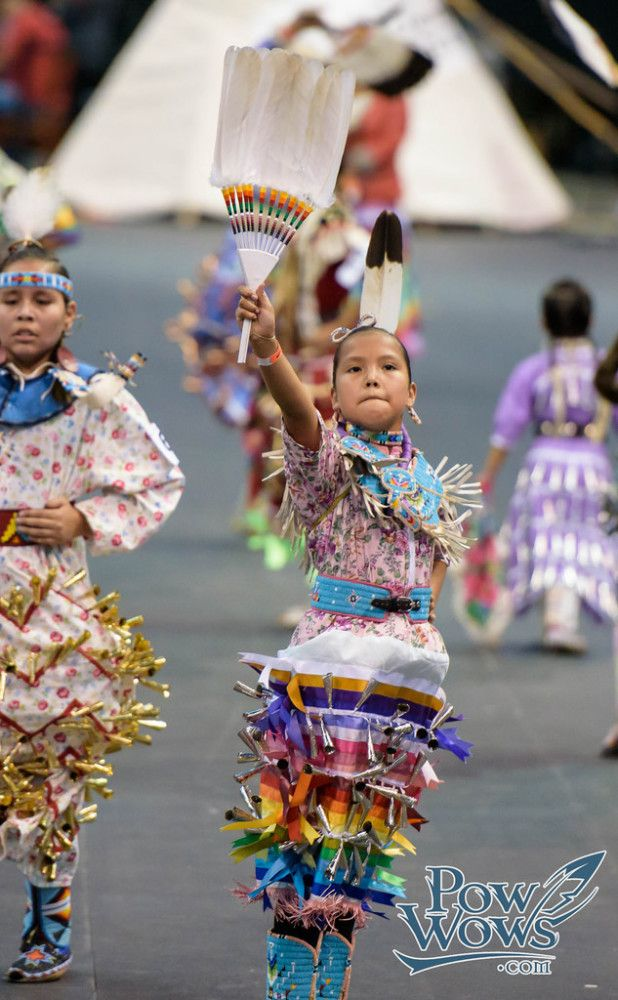 Pow Wow Photos – PowWows.com » » 2015 Manito Ahbee Pow Wow