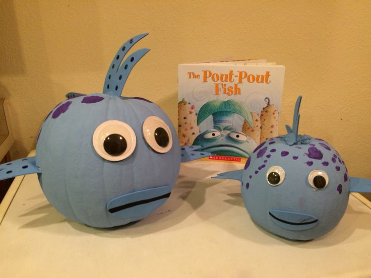 The pout pout and kiss kiss fish for my daughter 39 s pumpkin for The pout pout fish