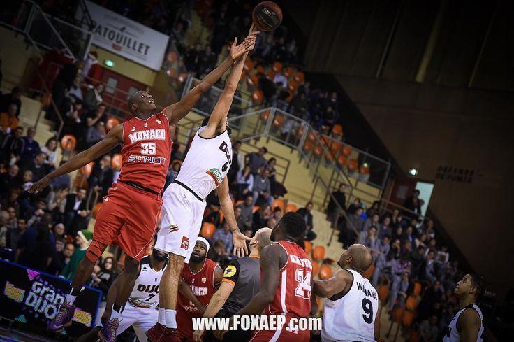 #Fontvieille Demain soir, la Roca Team reçoit Dijon, la meilleure défense de Pro A. Au match aller, l'ASM s'était inclinée sur le parquet de la JDA (65-59). Devant son public, la Roca Team aura à cœur de prendre sa revanche. © FOXAEP / @JDADijonBasket  #RocaTeam #LNB #ProA #Monaco #MonteCarlo #Munegu #ASMbasket #Team #Basketball #ASMonaco #France @jamalshuler @yak24 @a_uter8 @amarouxx @djcoop5 @surge_ukr @aaroncel5 @aka13 @euro_hooper84 by as
