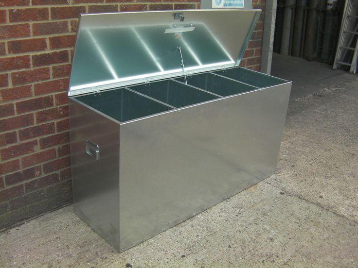 Horse Feed Bin 4 Compartment Animal / Livestock Food Storage Galvanised Steel