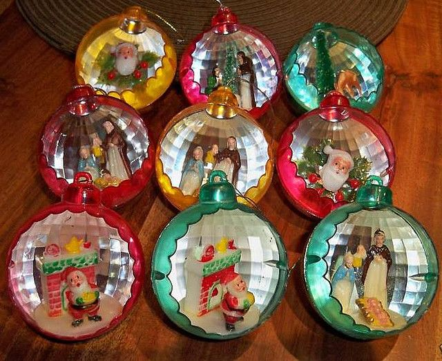 Vintage Christmas diorama ornaments.  It's official...I'm vintage because I remember owning most of the vintage ornaments I've seen on Pinterest