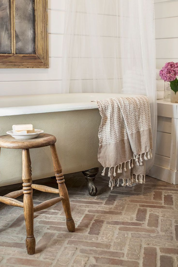 Way back in the design and planning stages, I predicted that this room would be my most favorite of all. And while the kitchensure is a tough contender, this little bathroom has my heart. Click be…