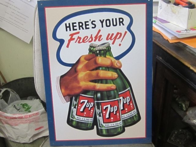 DECORATIVE TIN SEVEN UP GIRL ON BOTTLE SIGN $20.00 7UP | home décor, accents | Winnipeg | Kijiji