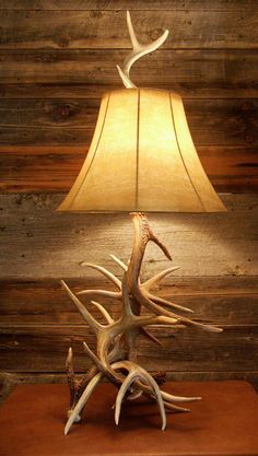 This multi-antler lamp consists of spiraling Whitetail deer antlers -- a true Montana-made decoration with the western flair to light up any room or cabin. This quality craftsmanship originates in Whi