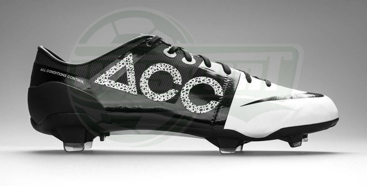 Nike - GS2 ACC White/Black