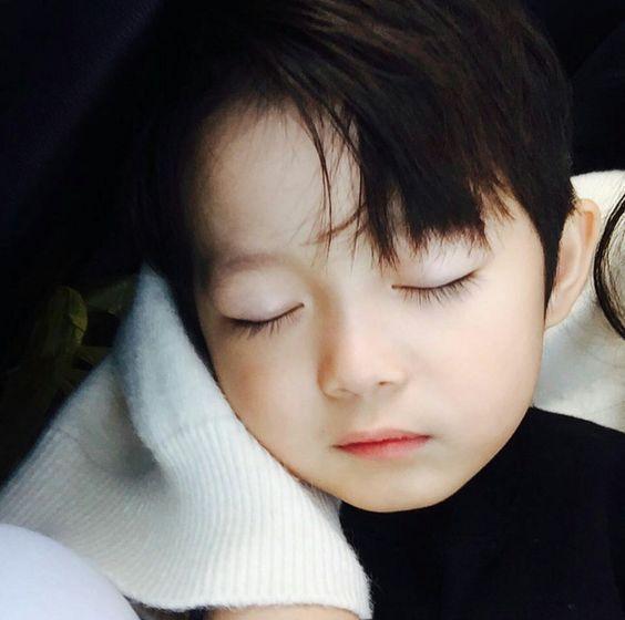 Embarazada »Jeon JungKook [ TERMINADA ] – Capítulo 21   – Parejas