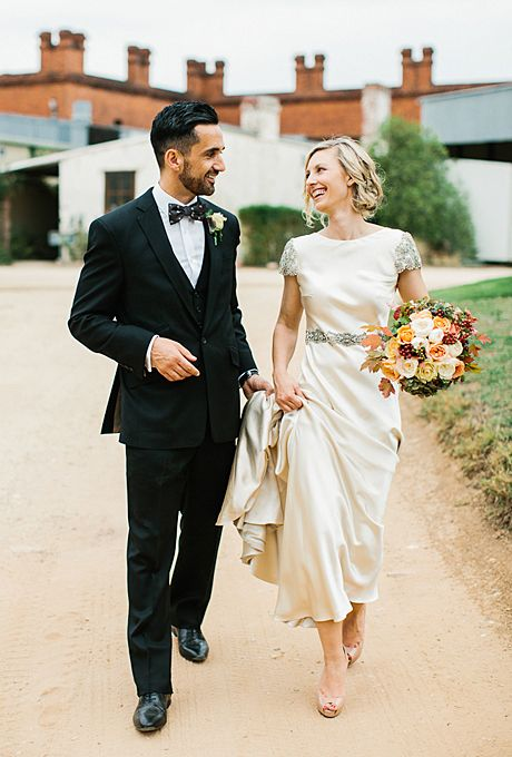 Brides.com: . A Loose, Wavy Hairstyle  With a gown that glamorous, this bride knew to keep her hair fuss-free. Her simply-styled waves are romantic and complement her wedding dress and bouquet nicely.  See more romantic wedding hairstyles.