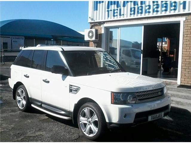 IMMACULATE FULL-HOUSE SPORTS SUV WITH ALL THE EXTRAS!!NORMAL RETAIL PRICE R 623 500.00TRADE PRICE R 543 500.00OUR PRICE ONLY R 509 990.00!!!!Act today to secure this bargain for yourselfEasy Same Day FinanceTrade-Ins WelcomeContact:Reinhardt 072 241 3711Coen        073 762 0707Gillmore   072 798 5898Land Rover Range Rover Sport 5.0 V8 S/C HSE DynamicPower -  375 kW @ 6000 rpmTorque -  625 Nm @ 2500 rpmEconomy - 13.8 l/100kmEmissions - 321 g/kmEmissions Rating - EU2Gears - 8…