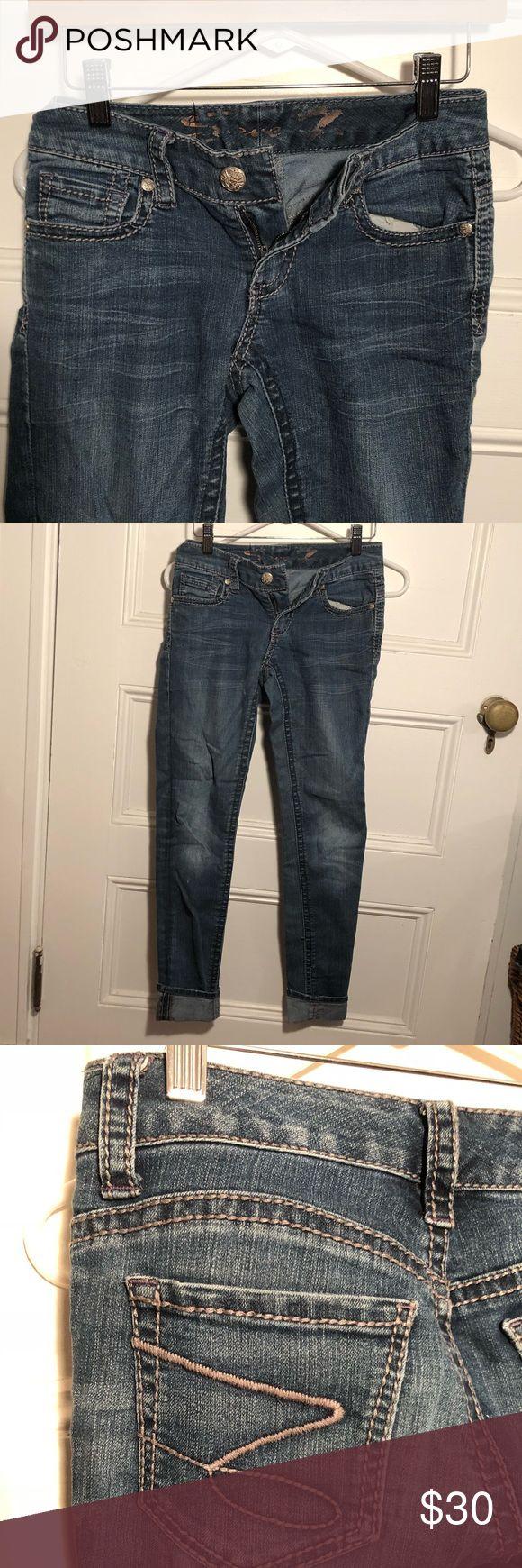 Skinny Jeans Low rise Seven for all Man Kind skinny jeans. Medium wash. Super comfortable. Seven7 Jeans Skinny