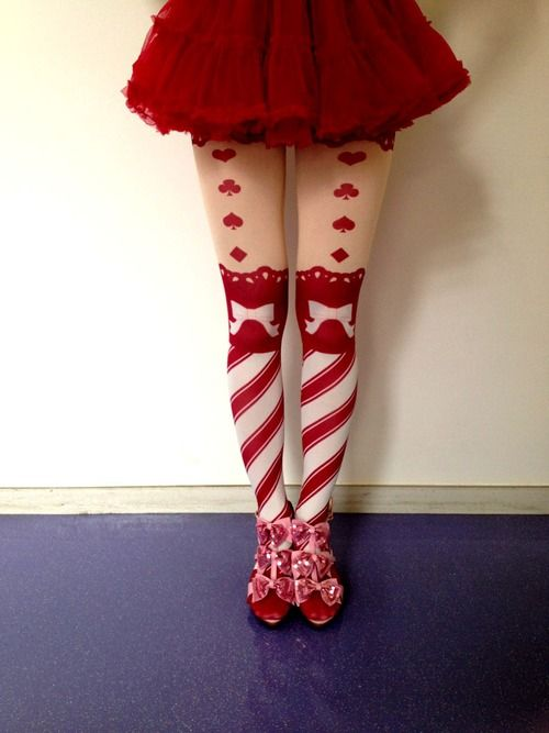 i like the tights and the shade of red their very pretty.
