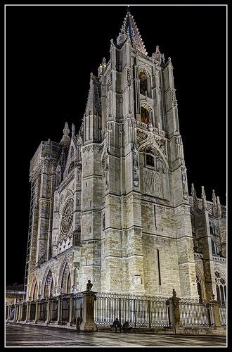 Catedral de Leon. Francia nos deja un tesoro camino de Santiago.